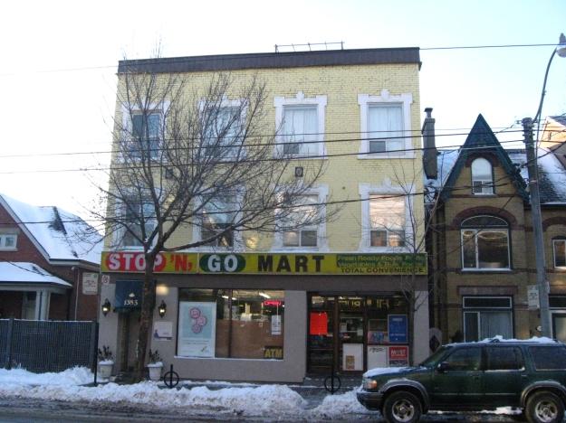 2013-Dec.16-StopNGo-1383-Queen-East-Toronto