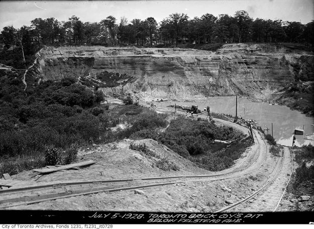 1928 CityTorontoArchives July 5-TorontoBrickCo.belowFelstead-f1231_it0728